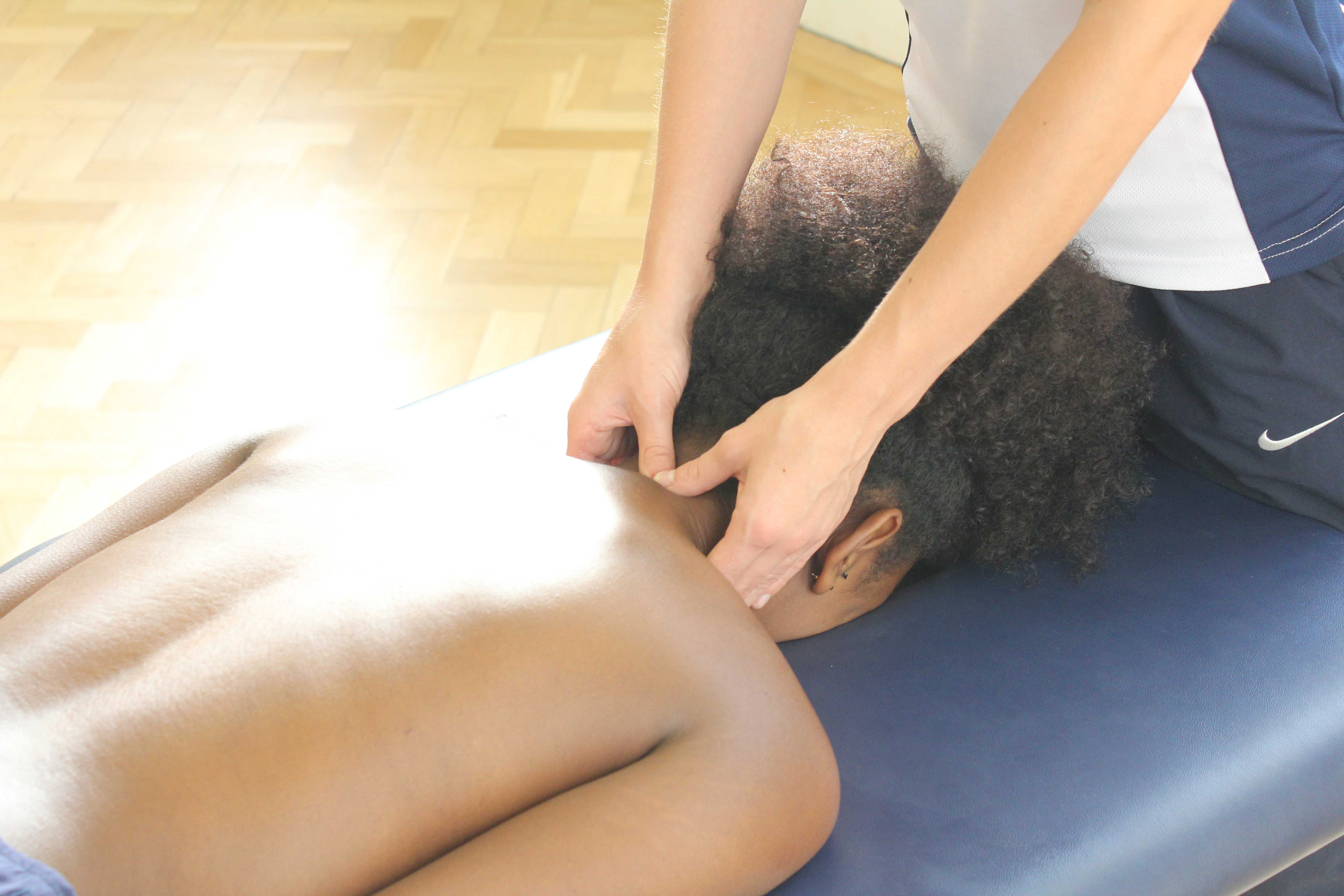 Mobilisations of the cervical vertebrea by an experienced physiotherapist