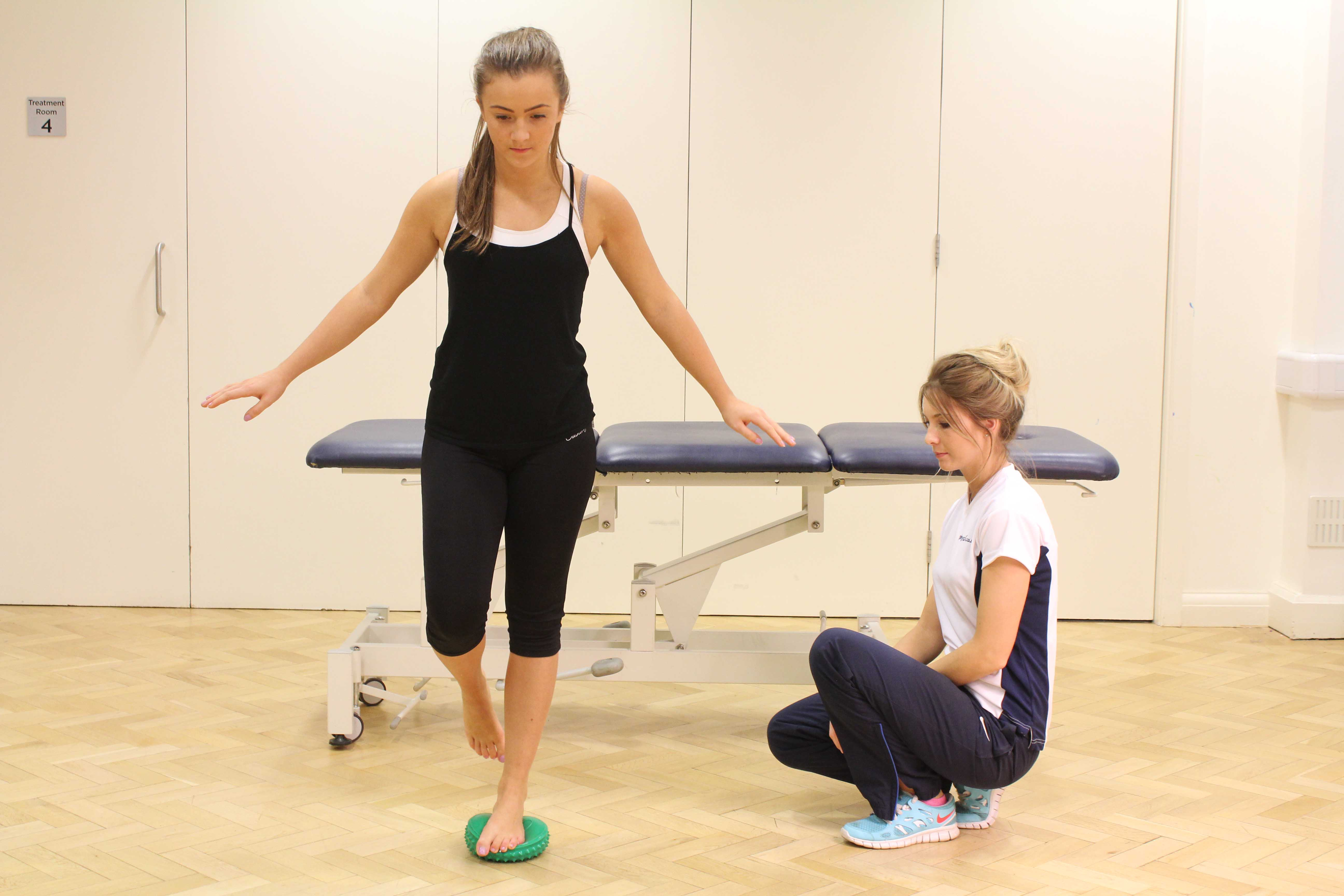 foot and ankle stability exercises supervised by an experienced therapist