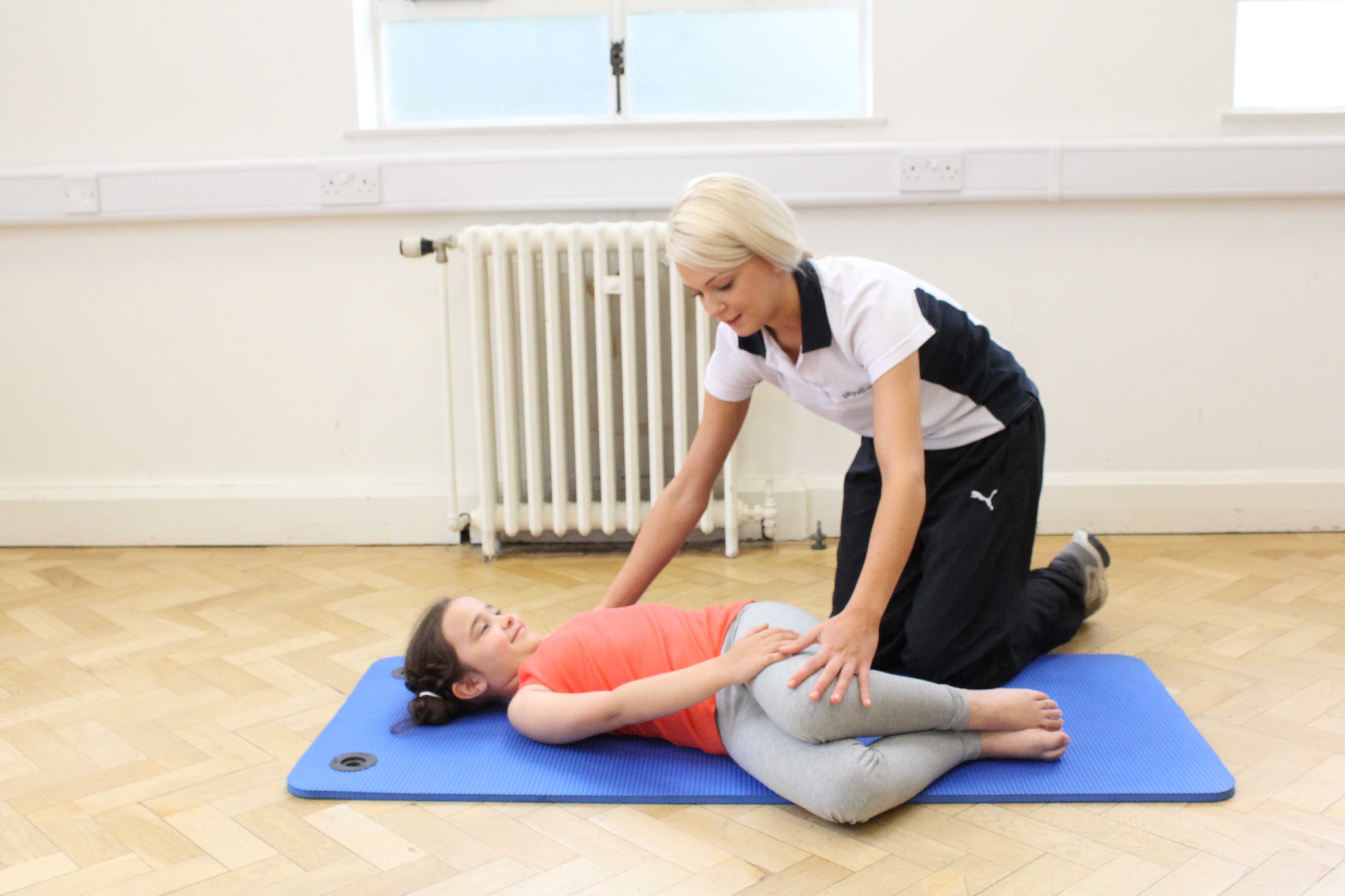 Passive stretches and mobilisations of the hip and pelvis