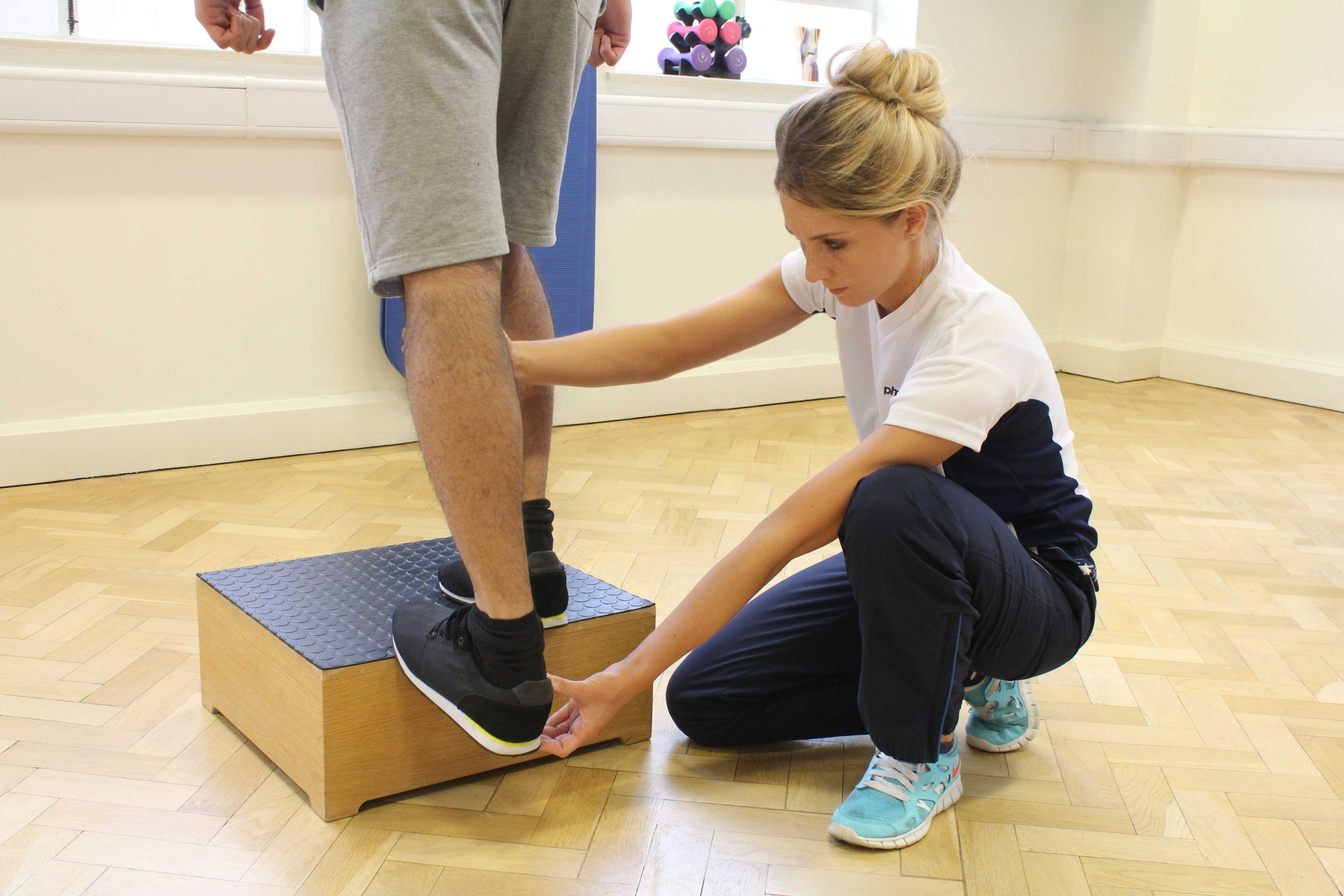 Ankle stability training to reduce joint clicking