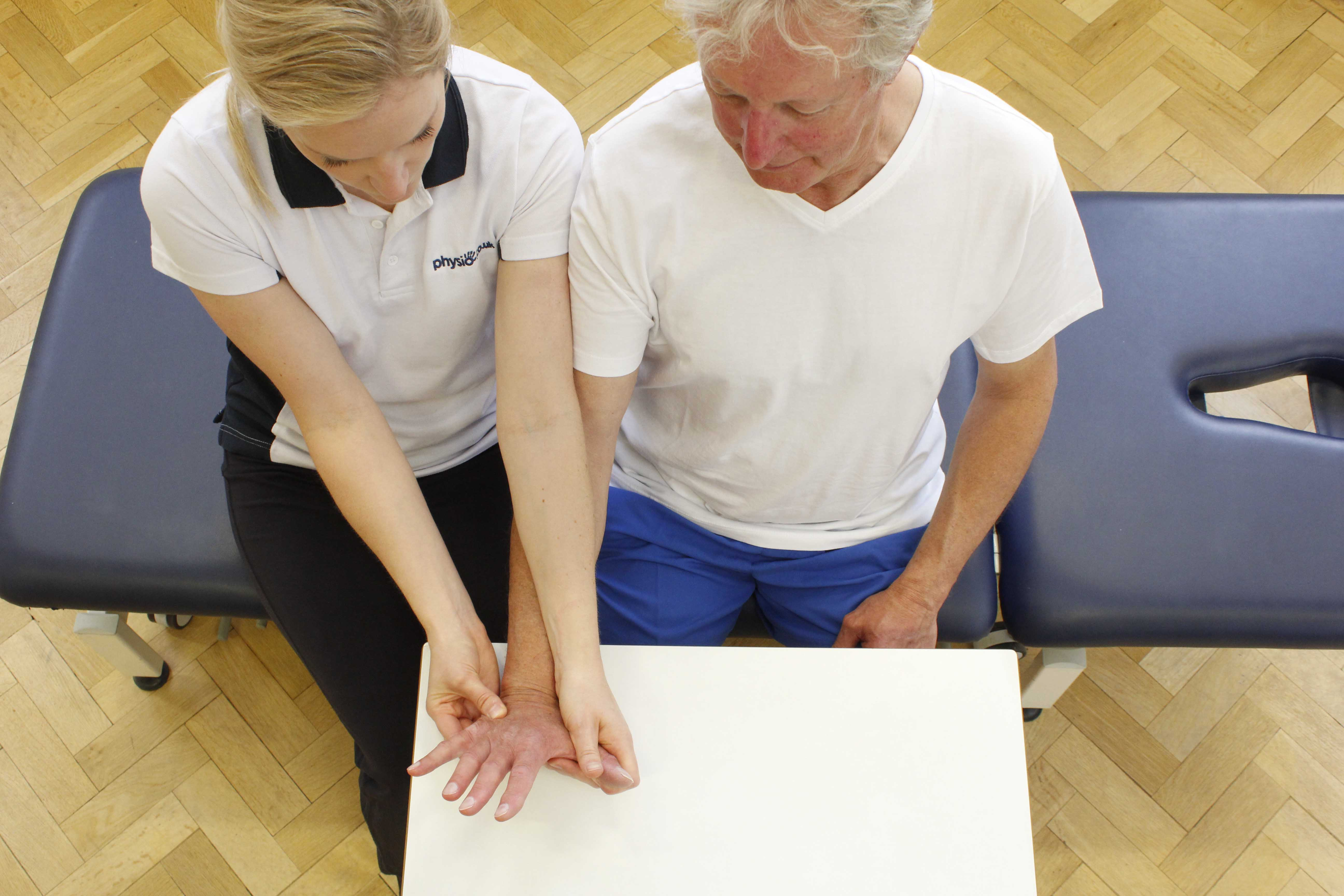 Hand massage and mobility exercises from a specialist physiotherapist