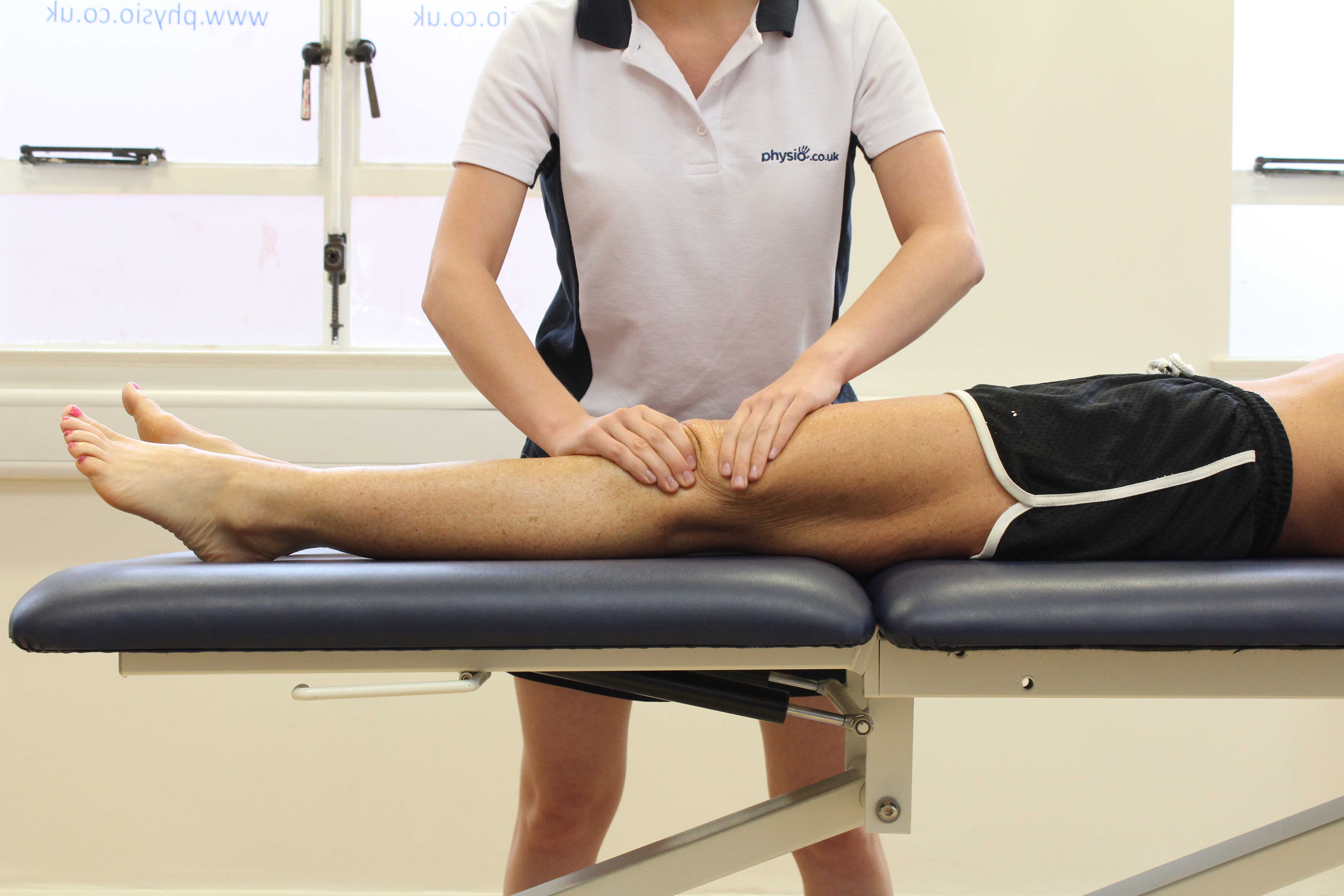 Rolling massage technique applied to patella femoral joint to releive pain