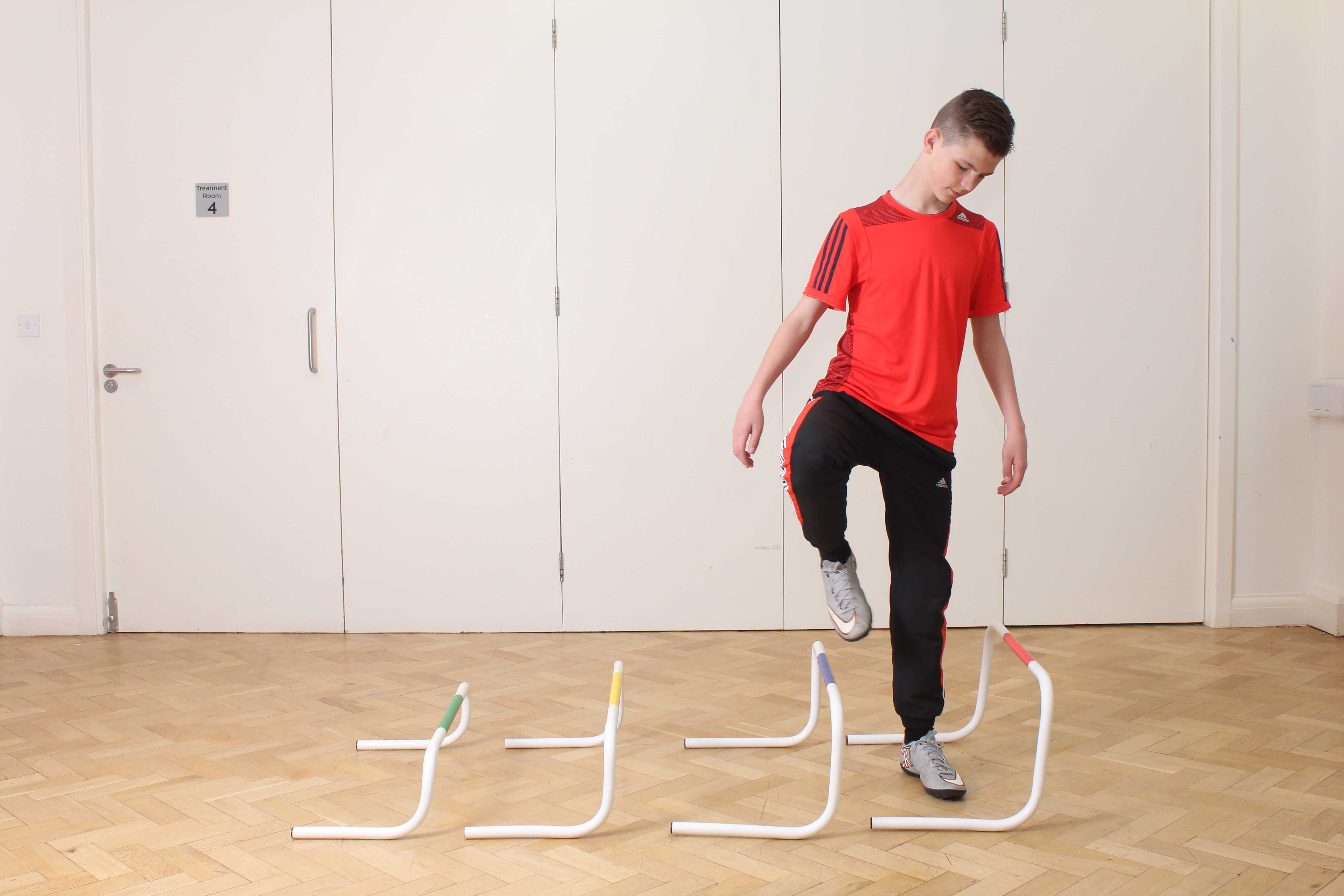 Stability and proprioception exercises cuonducted by a neurological physiotherapist
