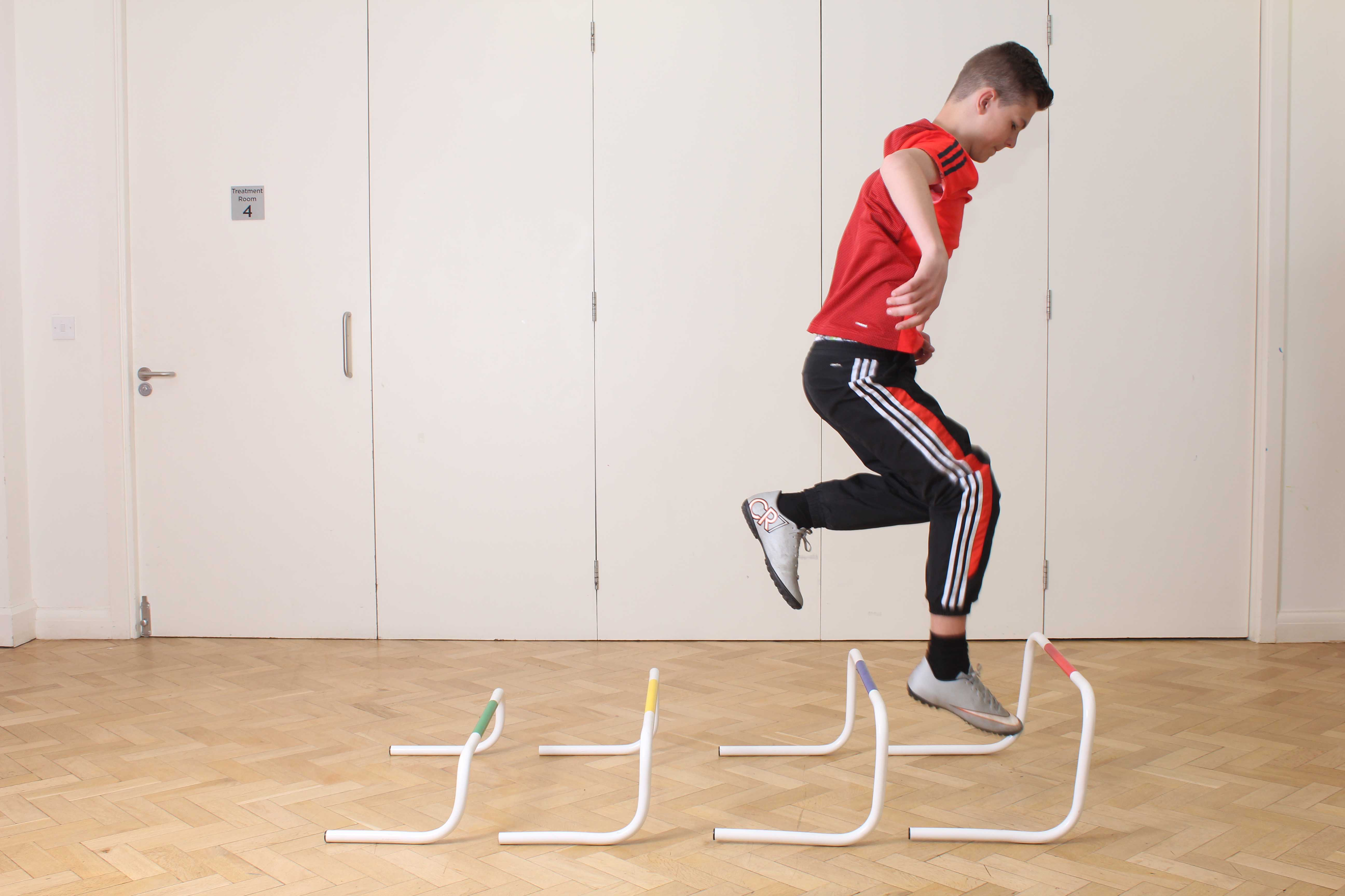 Mobility exercises using a Rolator frame supervised by a neurological physiotherapist