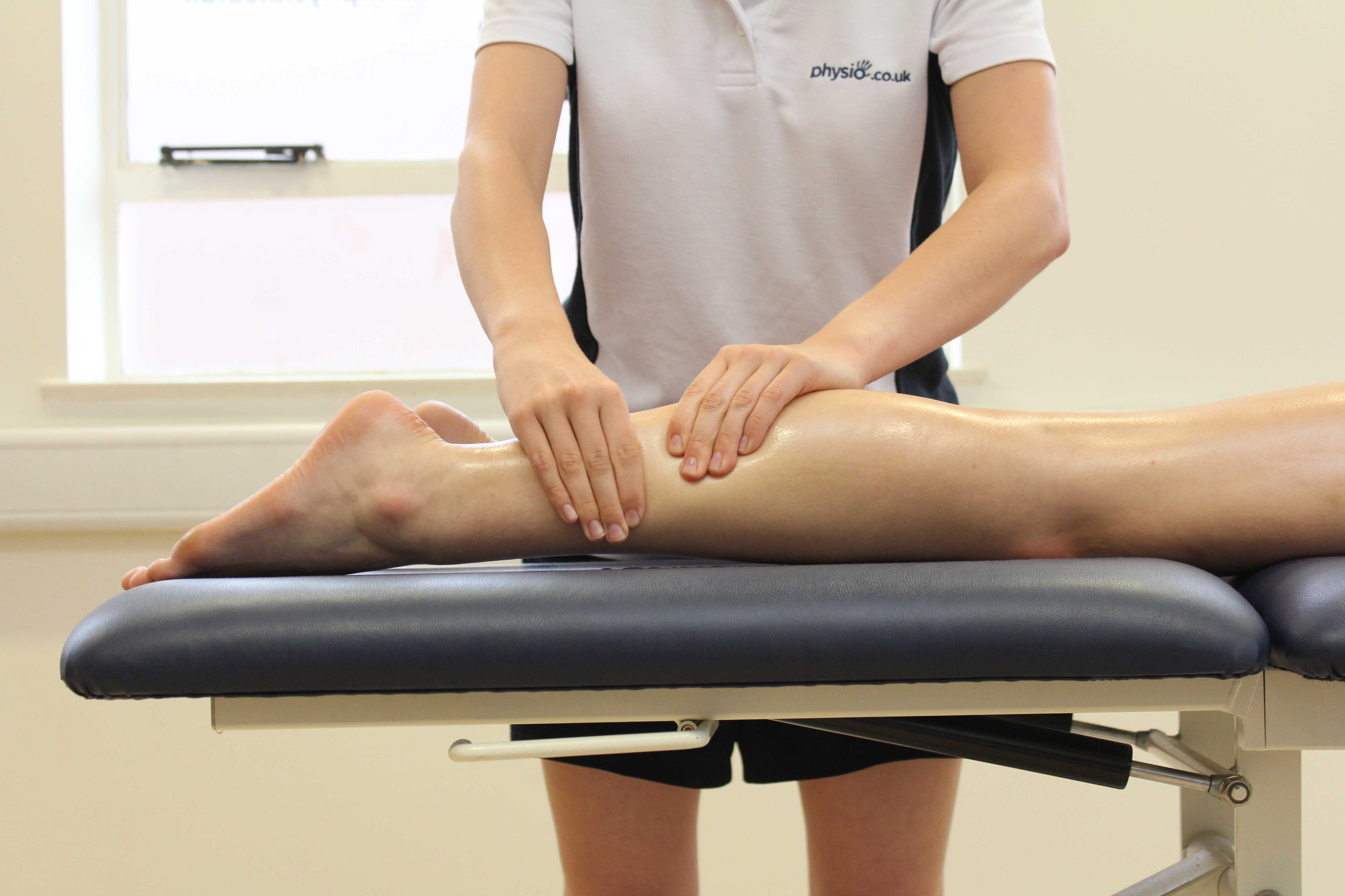 Rolling massage technique on gastocnemius and soleus muscles