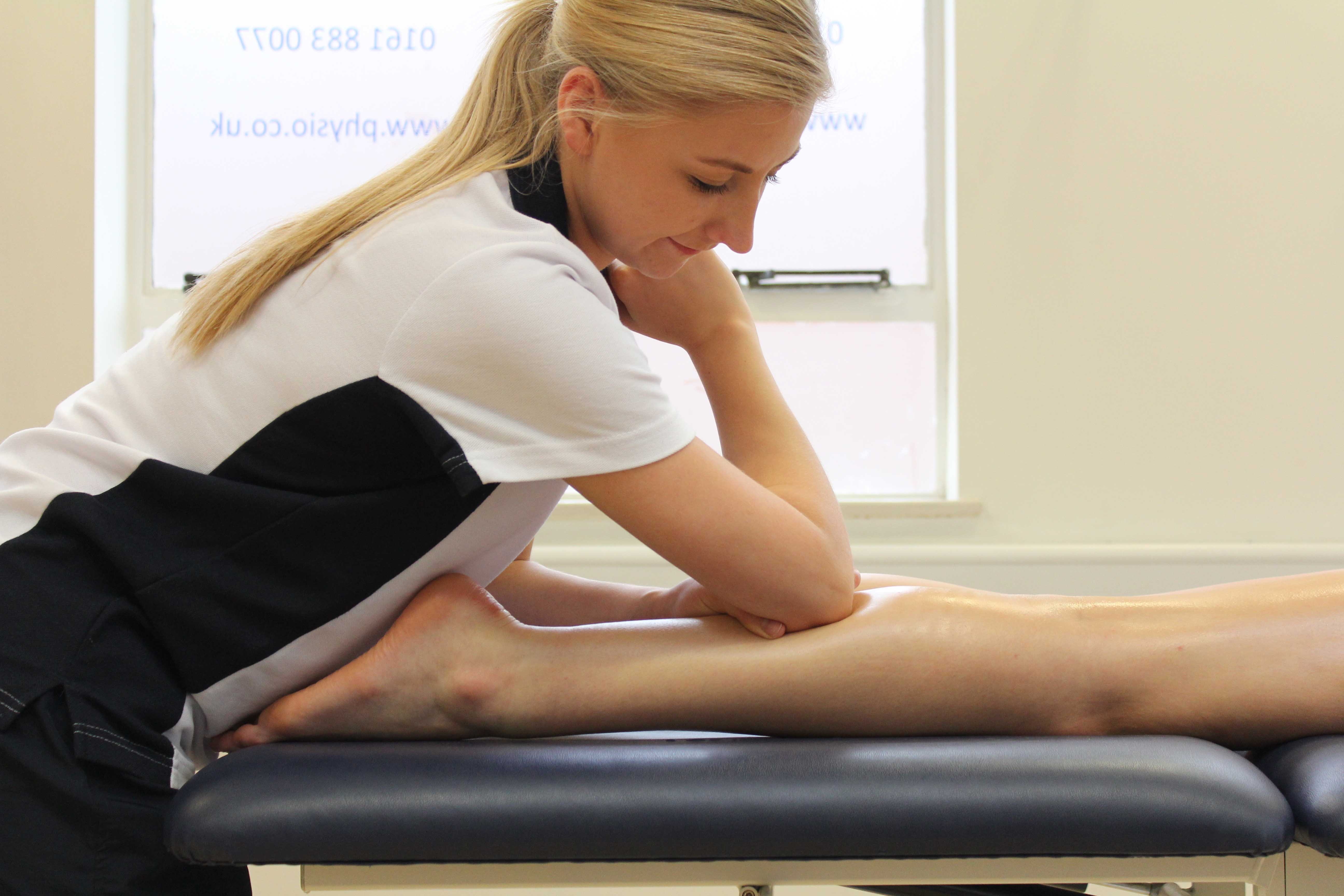 Deep tissue massage apllied to the gastrocnemius muscle by specialist therapist