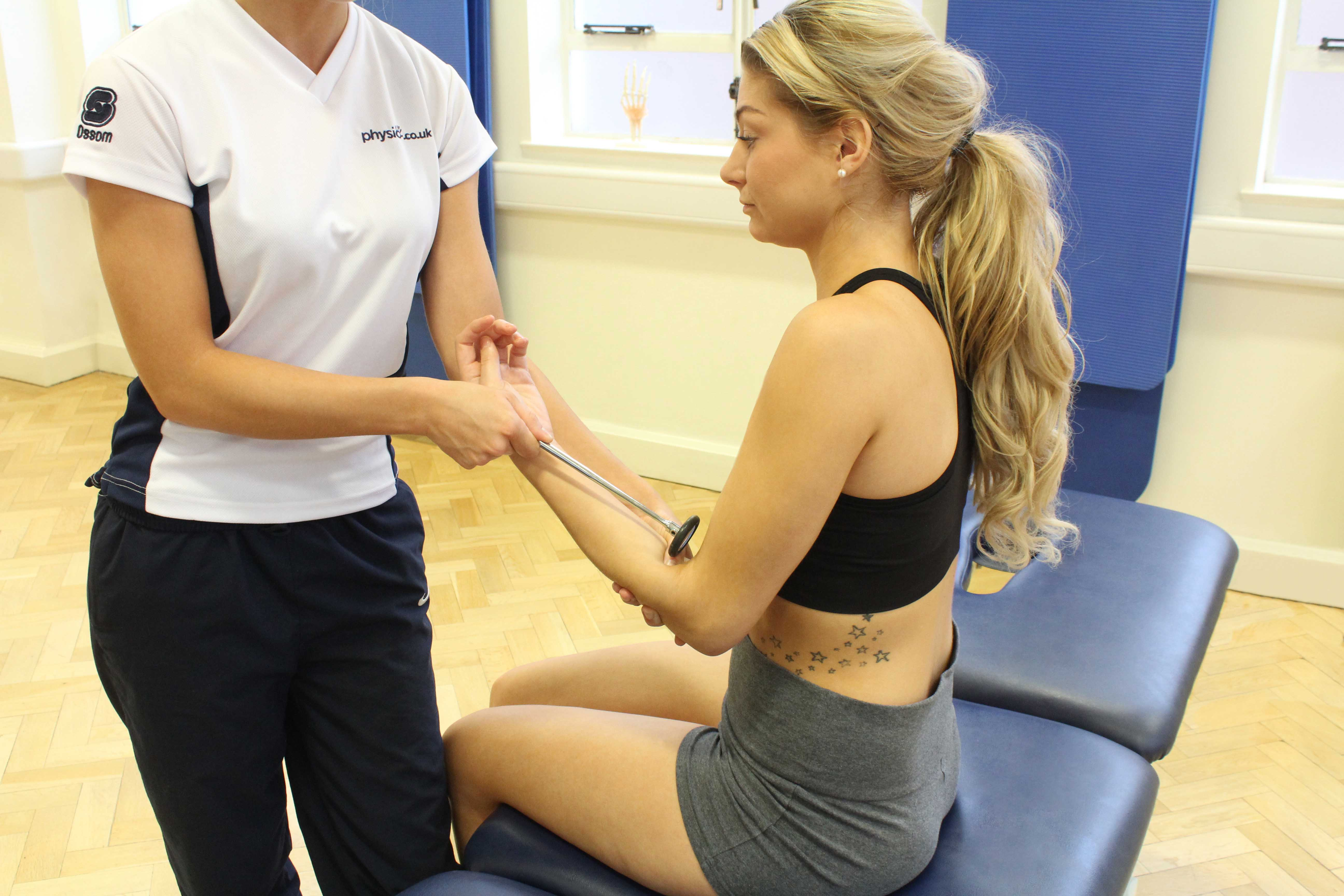 Muscle tendon reflex testing as part of an assessment by a physiotherapist